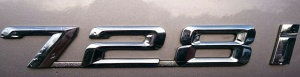 728i bootlid badge