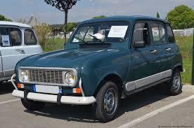 Blue Renault 4 GTL